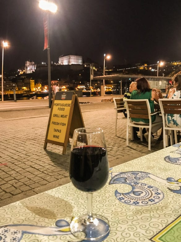 Portwein am Douroufer in Vila Nova da Gaia